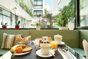 Petit-déjeuner aux Jardins de Mademoiselle Paris